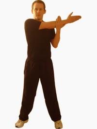 5 اخطاء شائعه عند تدريب عضلات الاكتاف