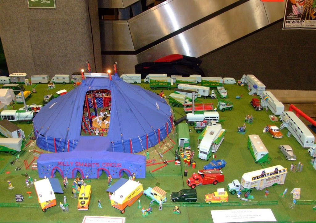 """The Circus """"NO SPIN ZONE"""": British Circus Model Builders"""