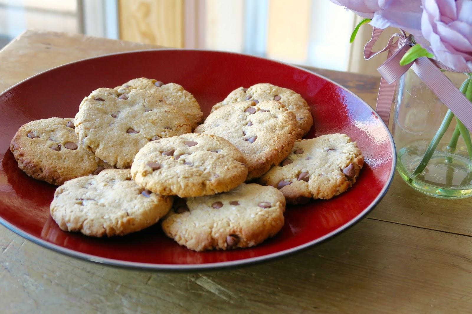Gluten free almond chocolate chip cookies