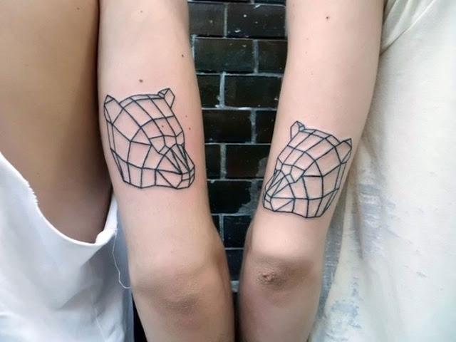 Tatuagens geométricas para as meninas