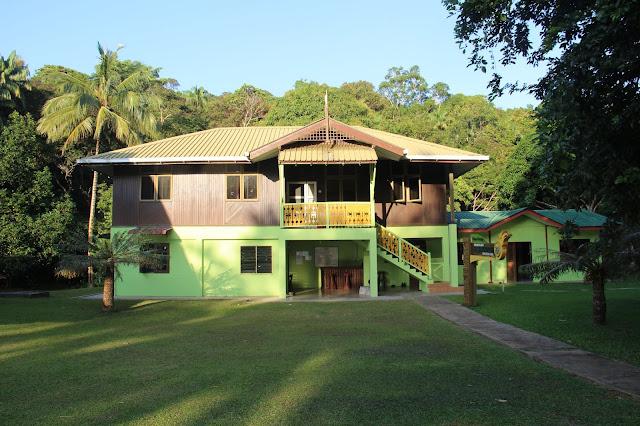 Guest House di Tanjung Datu