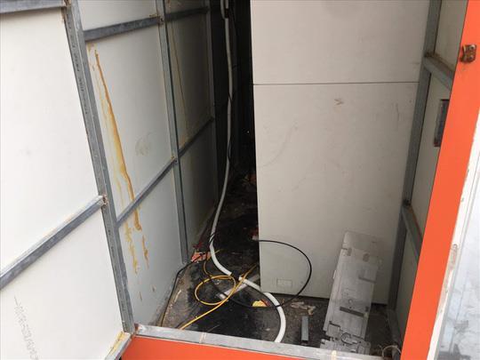 Các thỏi thuốc nổ được giấu trong phòng kỳ thuật chờ thời cơ phát nổ