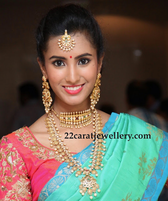 Telugu Actress in Antique Long Chain