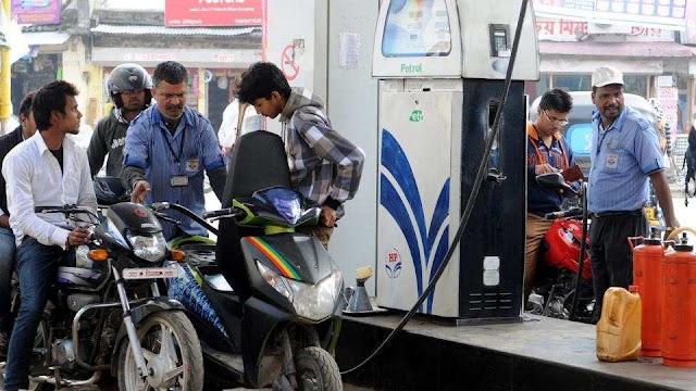 Biggest hikes in last 10 days, petrol 48 in Delhi and diesel 52 money expensive