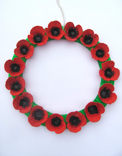 egg carton poppy wreatn