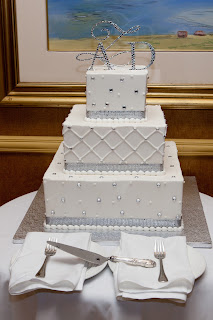 Silver and White Wedding Cake   CelebrateandDecorate.com