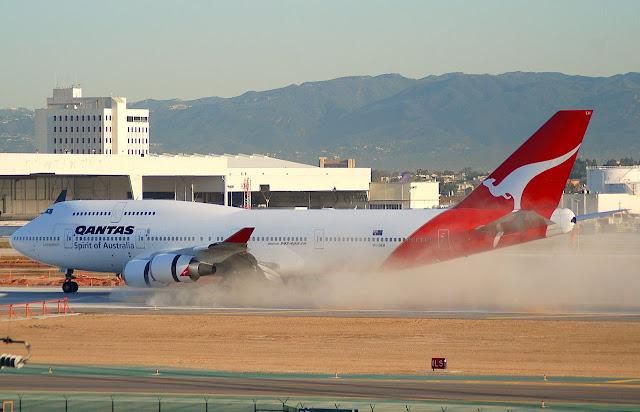 Qantas Smokey Boeing 747-400ER Extended Range
