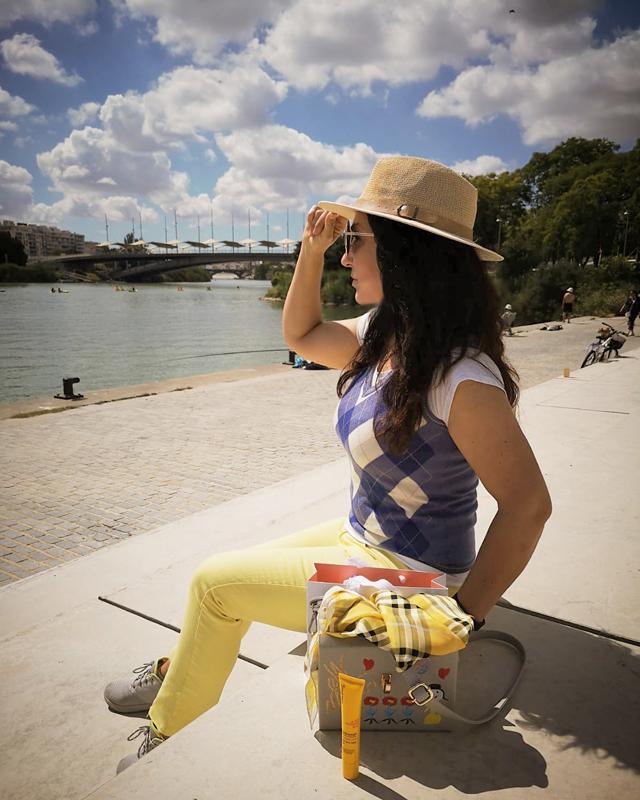 Pilar Bernal Maya Blogger Sevilla