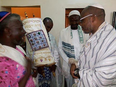 z - African Jewish priests visit IPOB leader Nnamdi Kanu