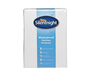 Protects bedding : Silentnight Waterproof Mattress Protector, Single 90×190 cm £6.99