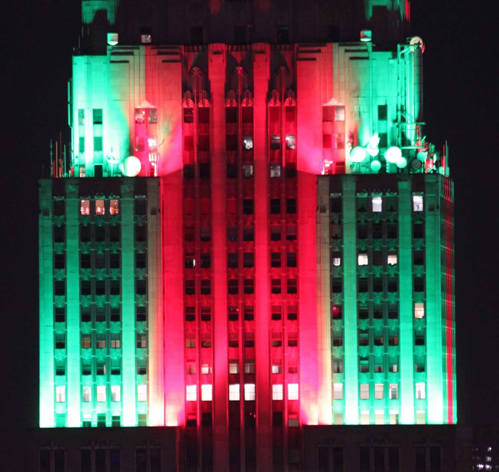 Empire State Building iltavalaistuksessa