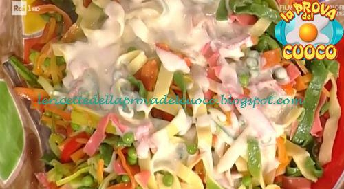 Stelle filanti in crema di formaggio e verdure ricetta Persegani da Prova del Cuoco