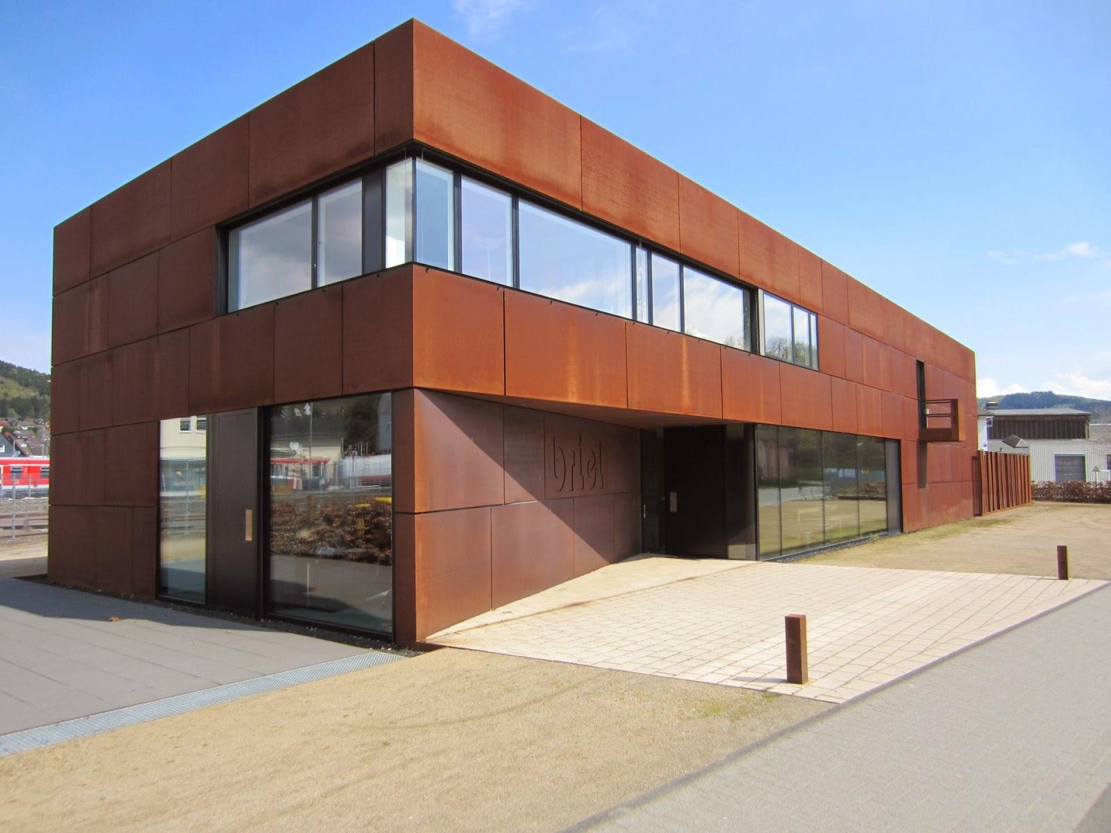 Fassade Elektrisches Schiebetor Cortenstahl Frobel Metallbau