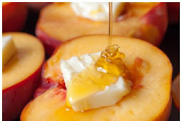 Baked Peaches and Cream