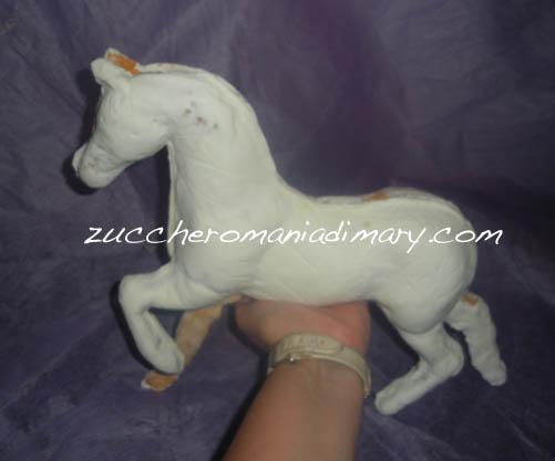 Come Costruire Un Cavallo.Zuccheromania Di Mary Torte Artistiche Corsi Di Cake Design E