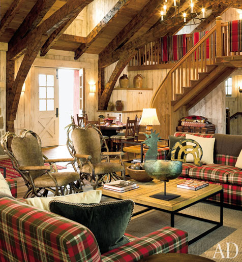 Plaid Furniture Country Living Room: Content In A Cottage