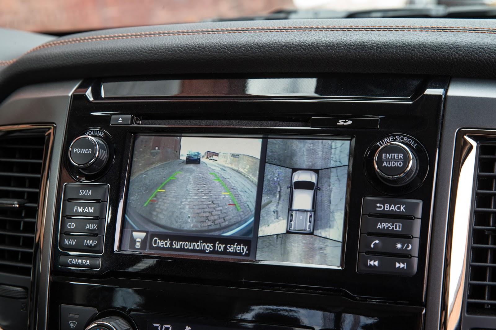 2012 Nissan Titan Sv 4X4 hd photo