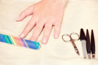 jak wzmocnić paznokcie