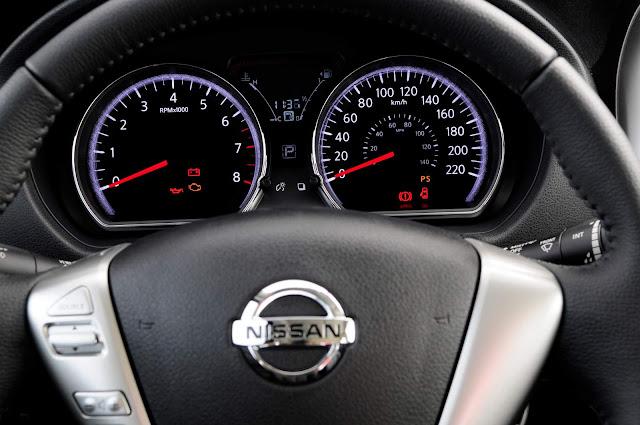 Novo Nissan March 2017 Automático CVT - cluster de instrumentos