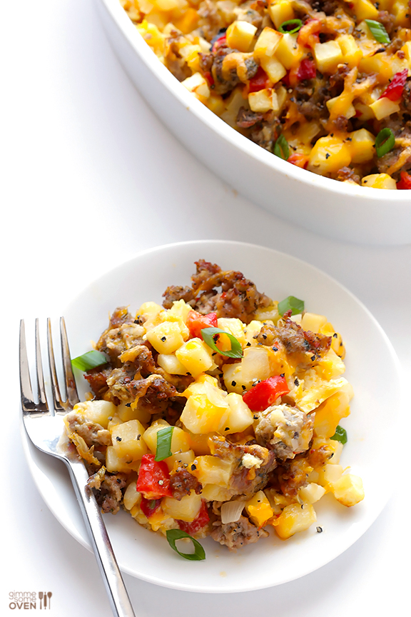 Easy Breakfast Casserole with Sausage, Hashbrowns and Eggs #Recipe