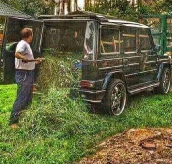 Check out what this guy is doing to a G-Wagon