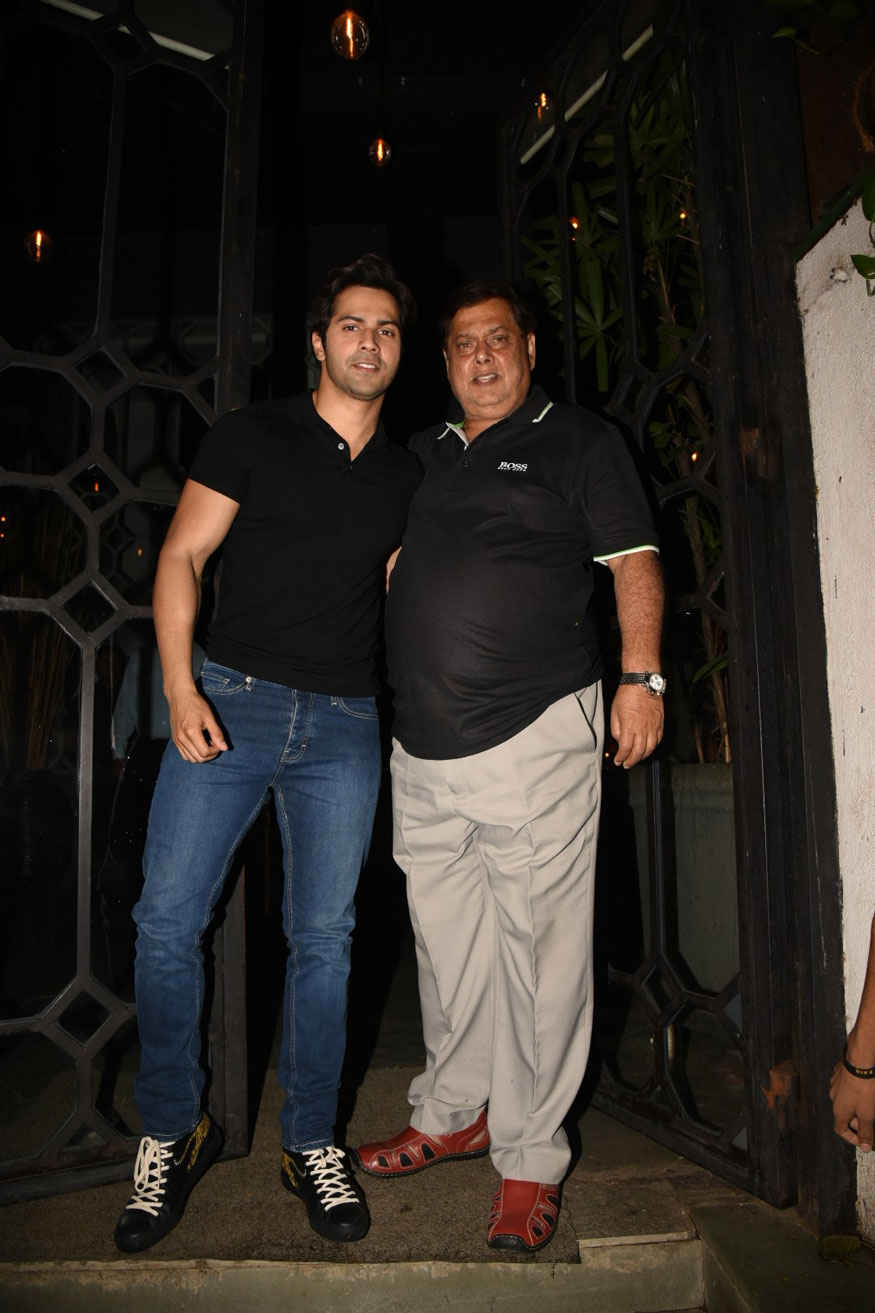 Varun Dhawan Celebrates Karuna Dhawans Birthday Party at Mumbai