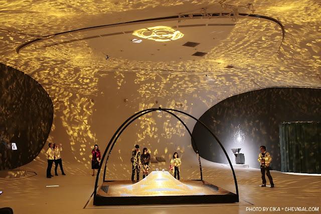 MG 0163 - 台中國家歌劇院│天圓地方,金黃光影美得讓人屏息!首次於台灣亮相的作品現在免費看!