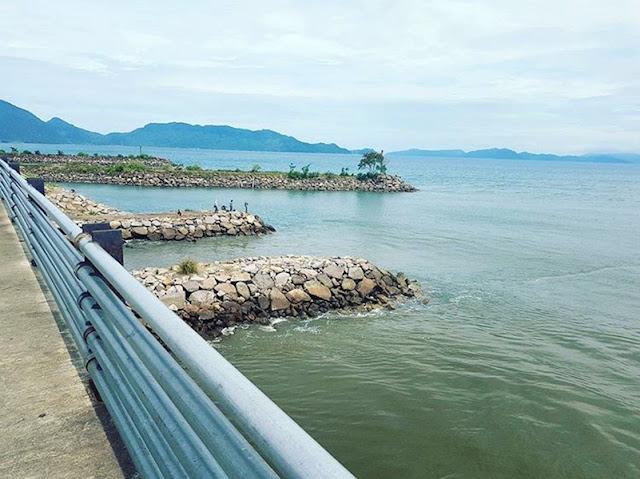 pinggiran pantai Ulee Lheue