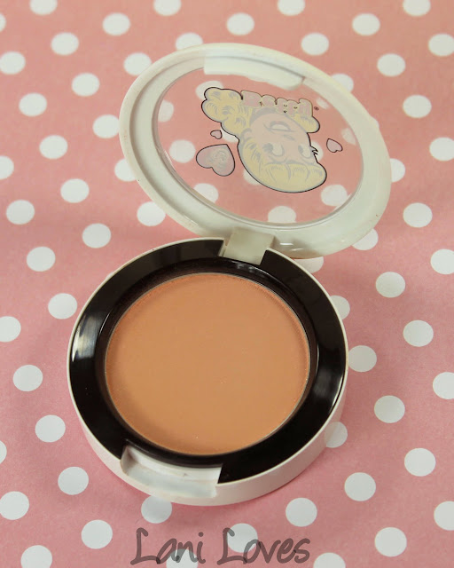 MAC Monday: Archie's Girls - Cream Soda Blush Swatches & Review