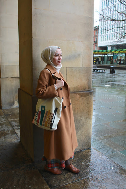 4c654de50fd0 Outfit details  Handmade Etsy bag