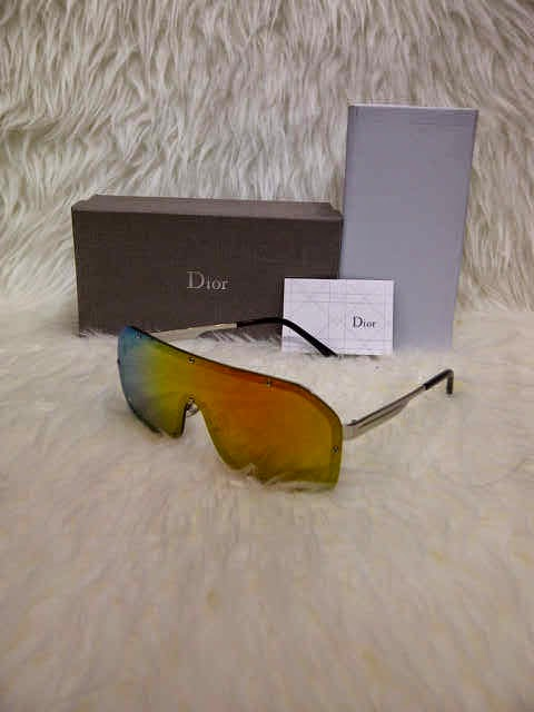 Kacamata Dior Syahrini Gold f4795fd6d8