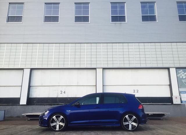 Mk7 2016 Volkswagen Golf R side view