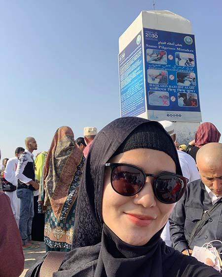 Masayu Clara Pakai Hijab 9
