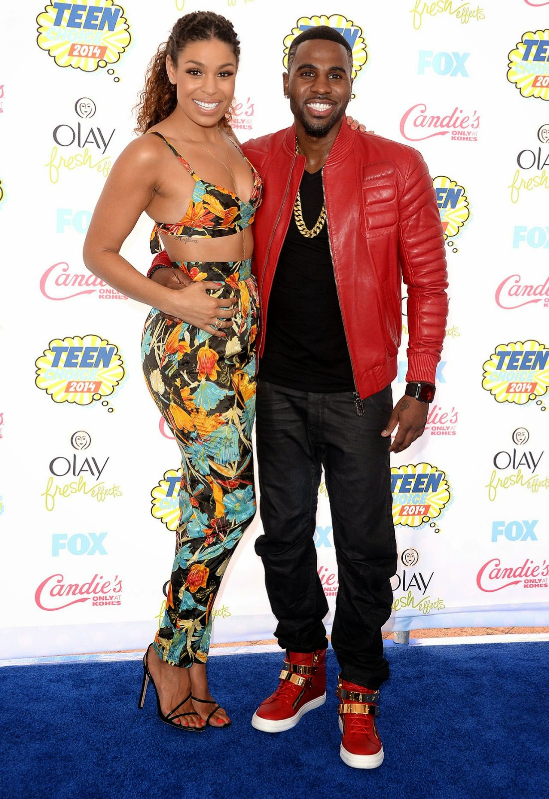 Jordin Sparks in a floral printed bralet and trousers at the 2014 Teen Choice Awards