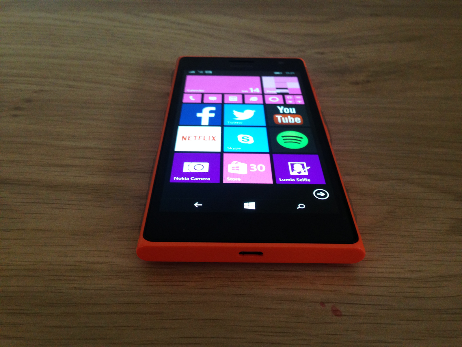 Phone Nokia Lumia 735