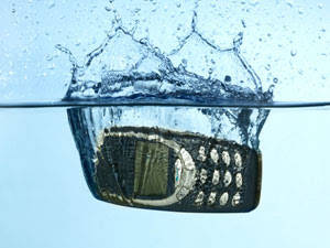 Selamatkan Telefon Masuk Air