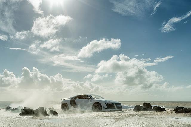 Φωτογραφίζοντας το Audi R8 χρησιμοποιώντας... μινιατούρα!