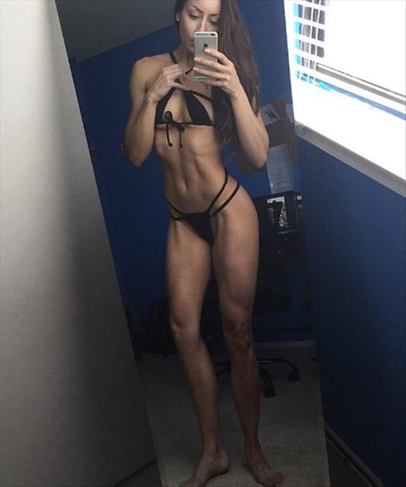 Fitness Model Stephanie