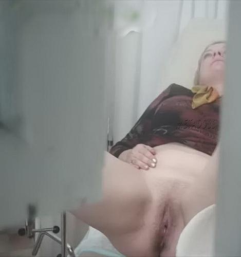 Порно подглядывание в кабинет гинеколога