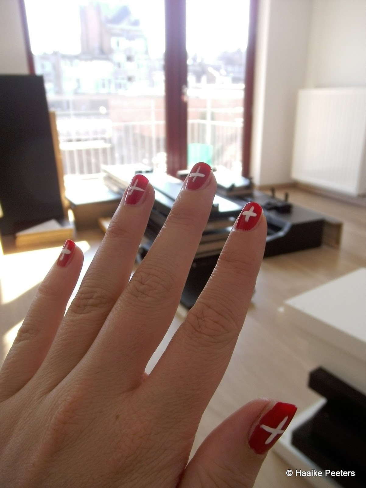 Swiss nails (Le petit requin)