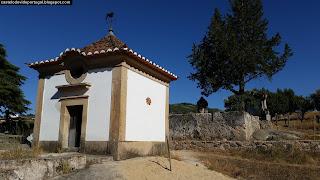 BUILDING / Edificio Korrodi (Poeta Francisco Lahmever Bugalho), Castelo de Vide, Portugal