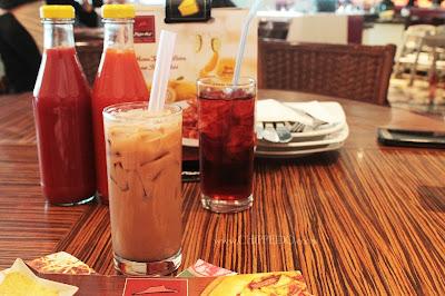 www.CHIPPEIDO.co.vu_chippeido_kuliner_makan enak gak takut kanker_pizza hut_review_surabaya_indonesia_amerika_pizza_molor_mozzarella_keju