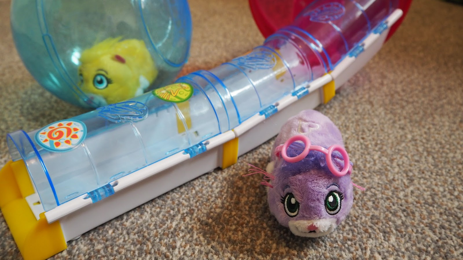Zhu Zhu Hamster Pets Unboxing and Review
