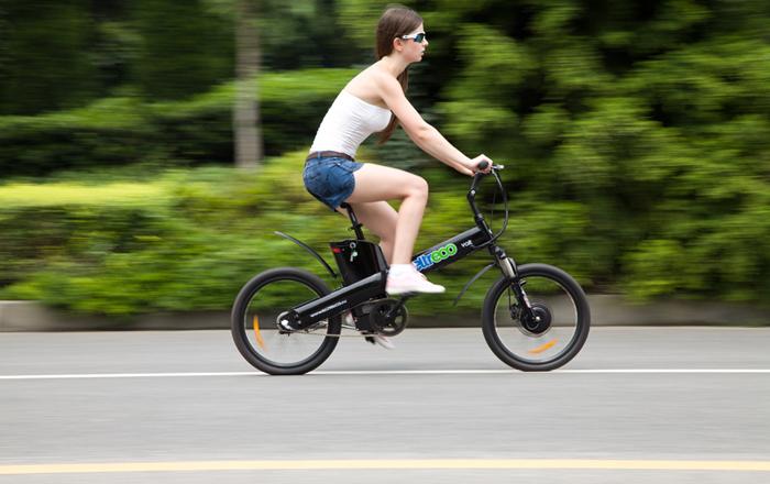Велосипед хороший способ похудеть.