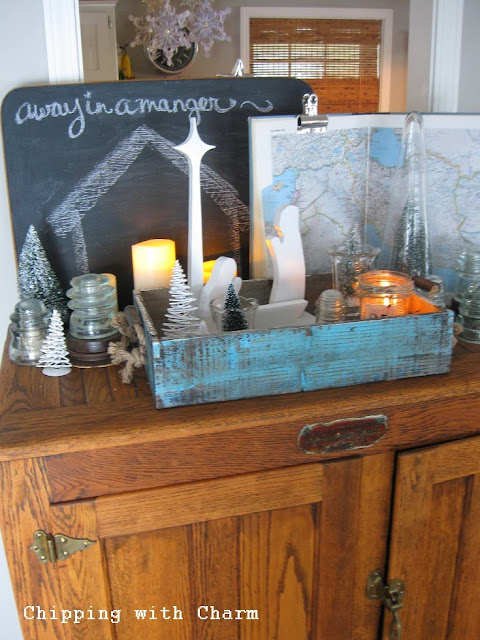Chipping with Charm:Nativity Silhouette Christmas Vignette...http://www.chippingwithcharm.blogspot.com/
