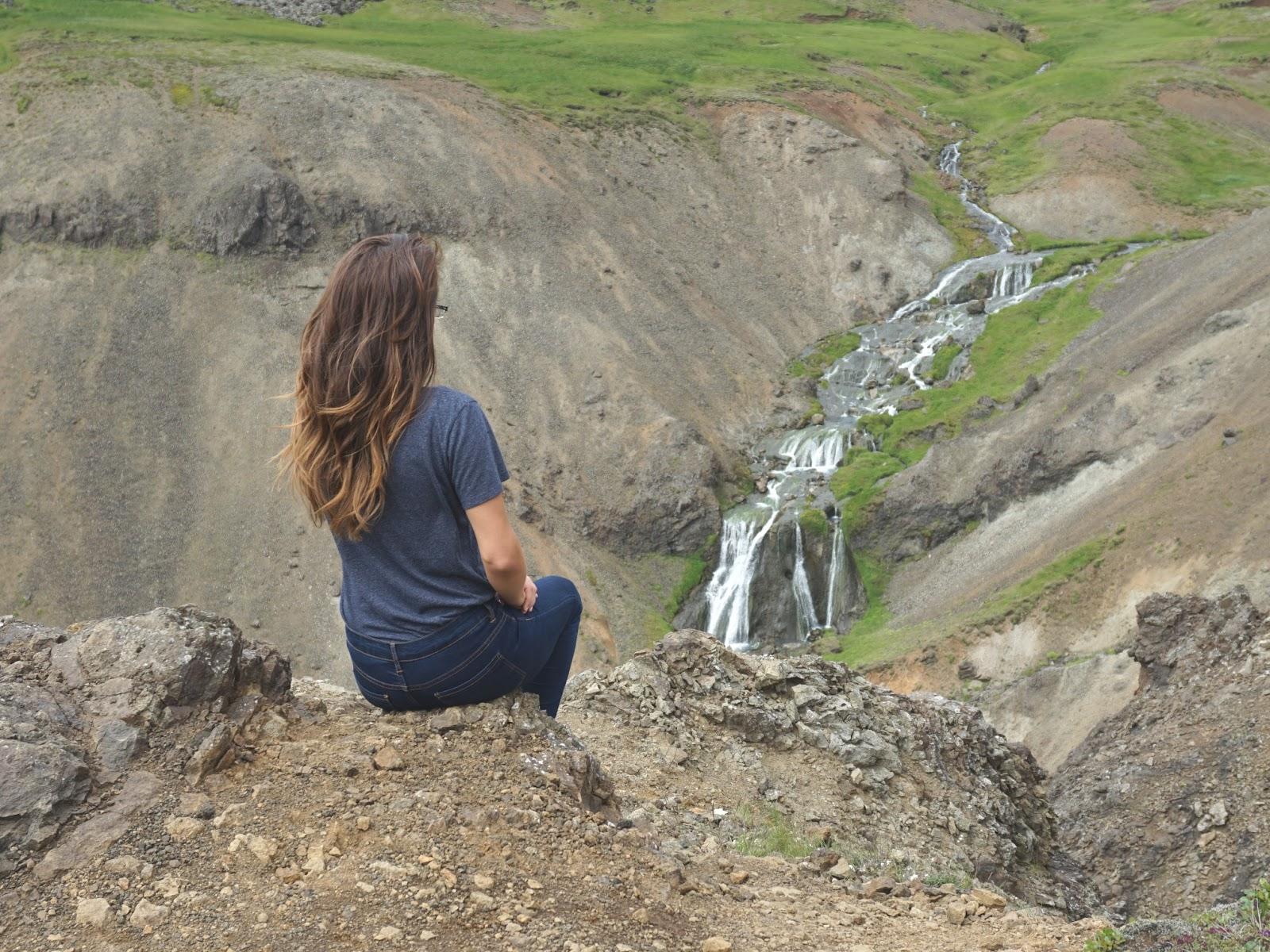 wodospad, Reykjadalur, Islandia, Południowa Islandia, panidorcia, blog, blog o Islandii, wakacje w Islandii, Islandia zwiedzanie, gorące źródła, pola geotermalne
