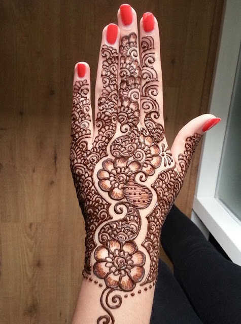 Simple Mehndi Designs For Back Hands 2016