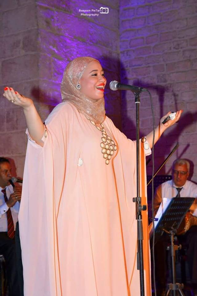 المطربة الشابة بسمة عبد القادر مرشحة بقوة للغناء فى مهرجان همسة القادم