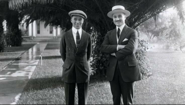 the difficult childhood life and later successes of charlie chaplin He would be to thank later in life because he partly contributed to the early successes of charlie chaplin  was the brightest spot in charlie's childhood.