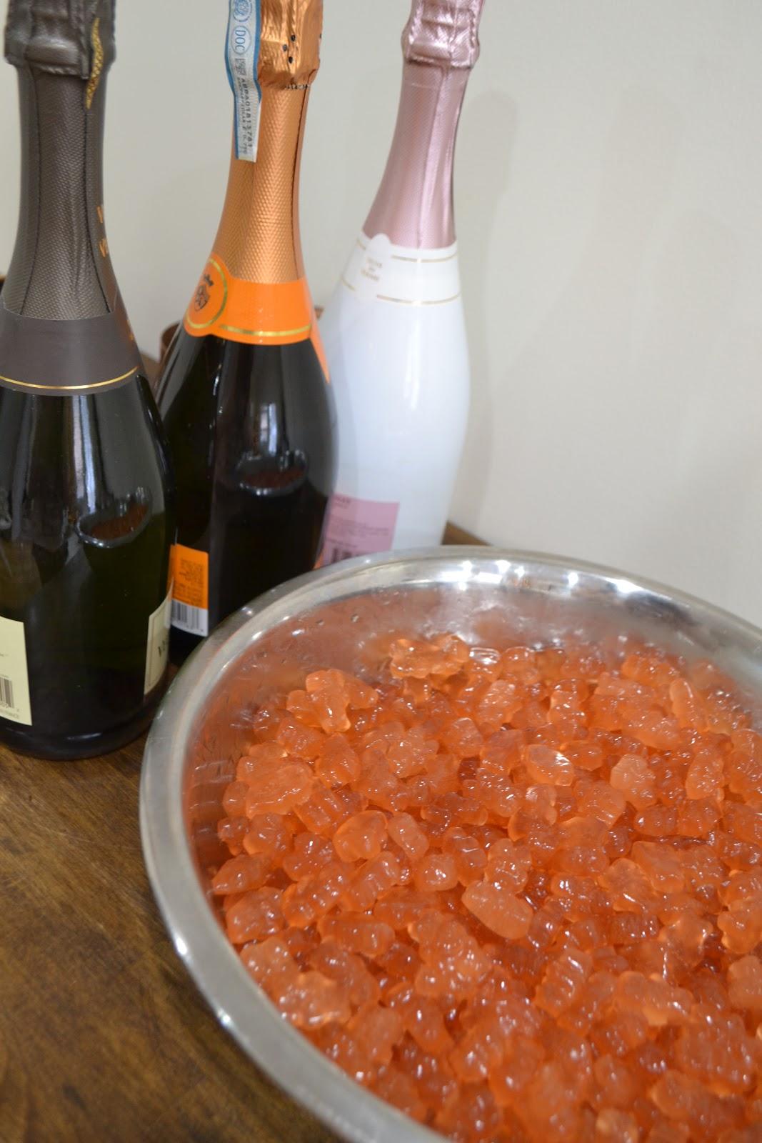 DIY champagne gummy bears